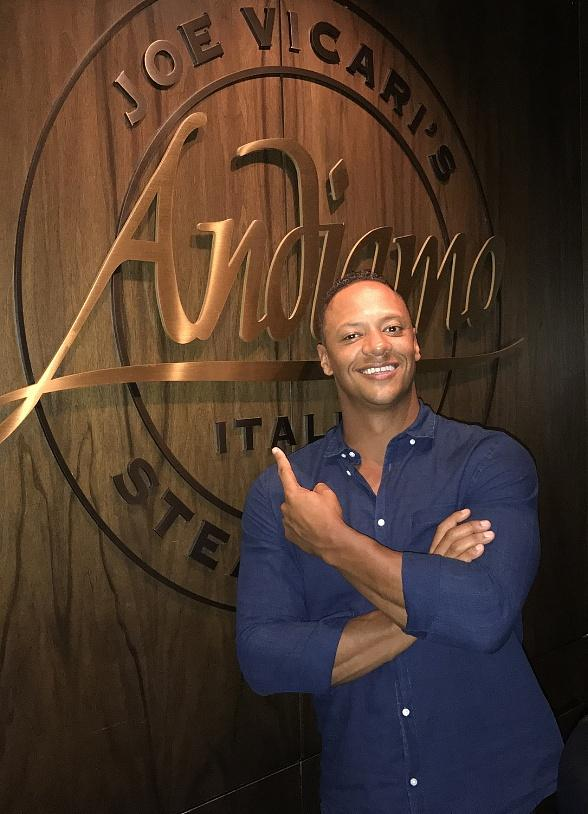 """The Last Ship"" Co-Star Emerson Brooks Dines at Andiamo Las Vegas"