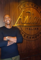 "Actor Mehcad Brooks (Jimmy Olsen on the CBS hit show ""SuperGirl"") visits Andiamo Italian Steakhouse and the D Las Vegas"