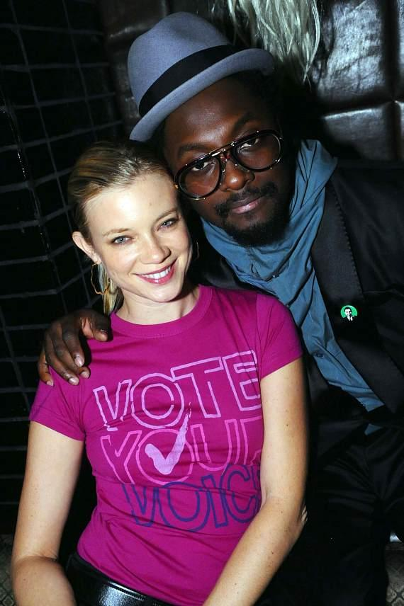 Actress Amy Smart and Will.I.Am of the Black Eyed Peas (Photo by Brian Bryan Haraway)