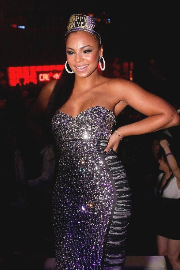 Ashanti at Crown Nightclub on New Year