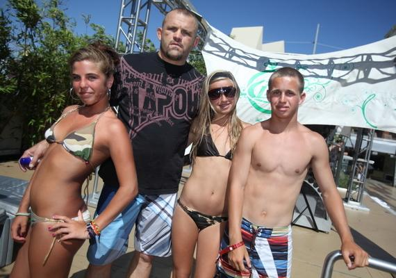 Chuck Liddell with fans