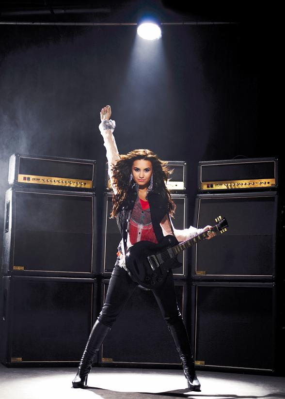 Demi Lovato Brings 'Summer Tour 2009' With Special Guest ...