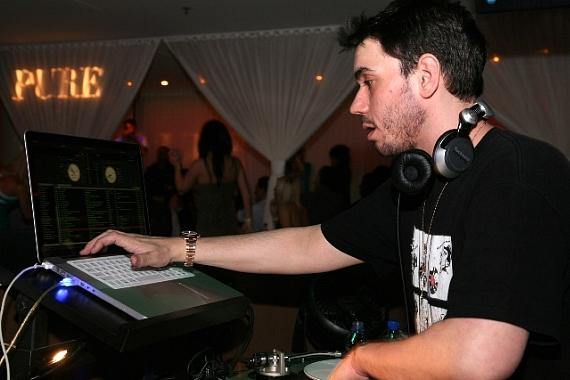 DJ AM at PURE on St. Patrick's Day