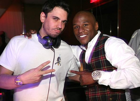 dj-am-floyd-mayweather-jr_pure-nightclub_33109-588
