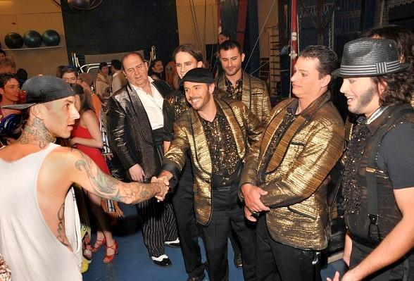 Barker meeting the Viva ELVIS band and shaking fellow drummer Benoit Clement's hand
