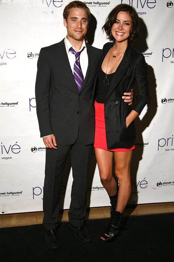 90210 S Dustin Milligan And Jessica Stroup At Prive Las Vegas