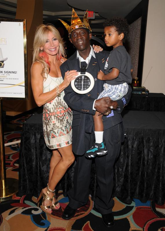 Suzette Snider with Flavor Flav and his son Karma Drayton at Las Vegas Hilton