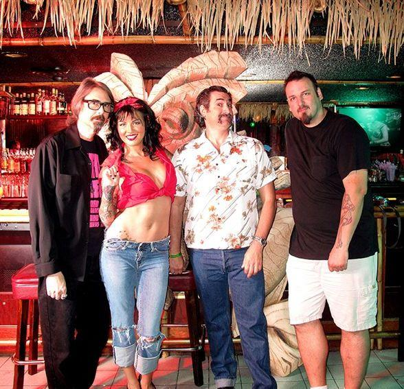 frankies-tiki-room-p-moss-monica-renee-bigtoe-scott-berry-588