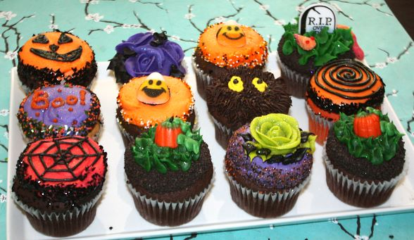 The Cupcakery Offers Spooky Halloween Assortments