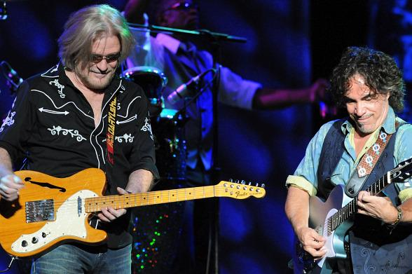 Daryl Hall and John Oates to Make First Time Stop at The Colosseum at Caesars Palace October 22