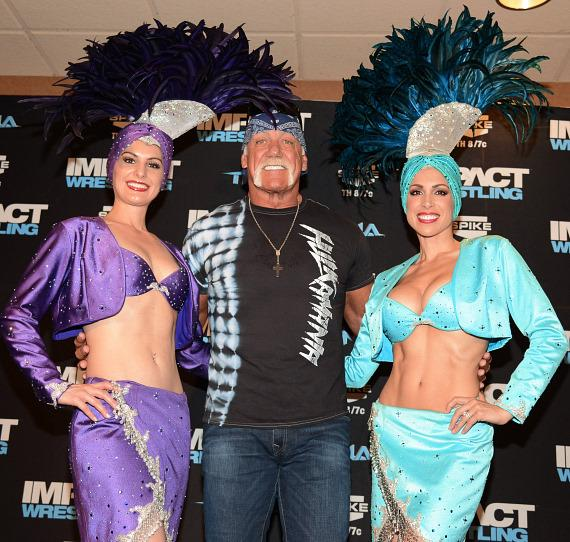 Hulk Hogan with Las Vegas showgirls at Orleans Arena