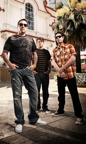 Smash Mouth and Toad the Wet Sprocket to Perform FREE Concert at Fremont Street Experience June 27
