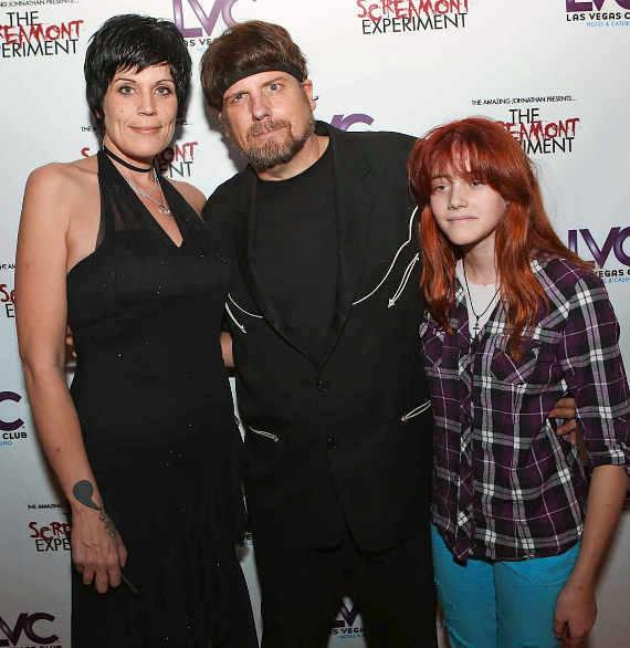 Amazing Johnathan (c), girlfriend and manager Anastasia Synn (l) and Amazing Johnathan, girlfriend and manager Anastasia Synn and daughter Haley (r)