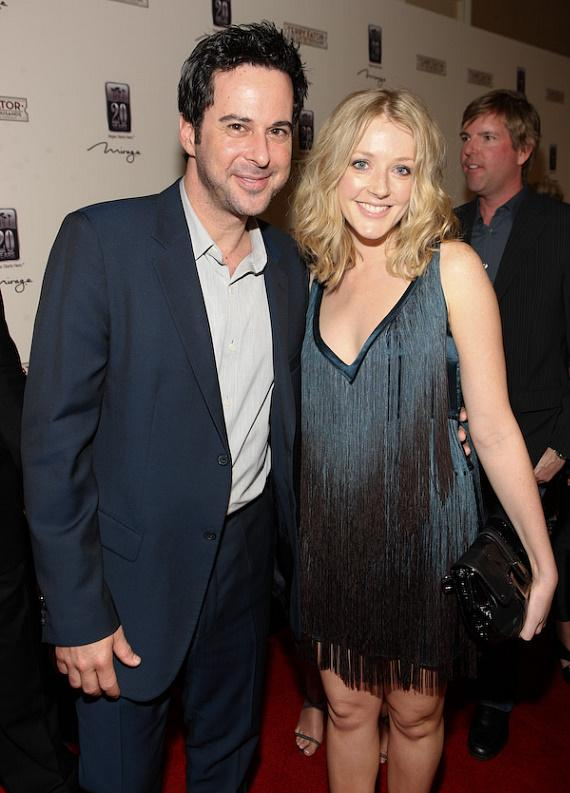 Jonathan Silverman and wife Jennifer Finnigan