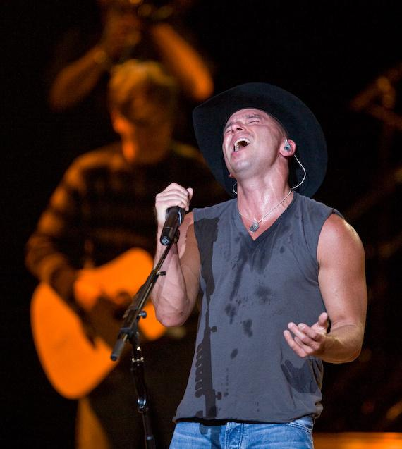 Country star Kenny Chesney performs at The Joint