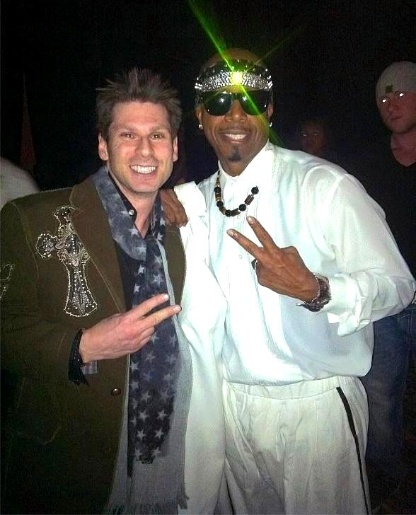 Comedy Magician MC Hammer (on left) Meets rapper MC Hammer