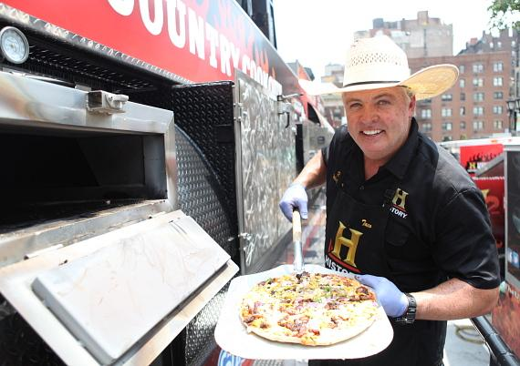 "Trace ""Rib Whisperer"" Arnold makes a pizza on The Ultimate Smoker and Grill"