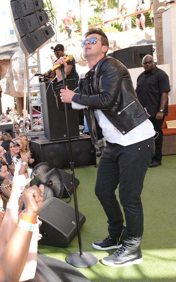 Robin Thicke Kicks Off the Season Opener of Rehab Pool Party at Hard Rock Hotel Las Vegas