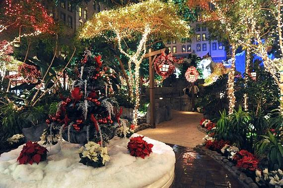 Sam's Town Hotel and Gambling Hall Celebrates Lighting of Annual Holiday Display at Mystic Falls Park