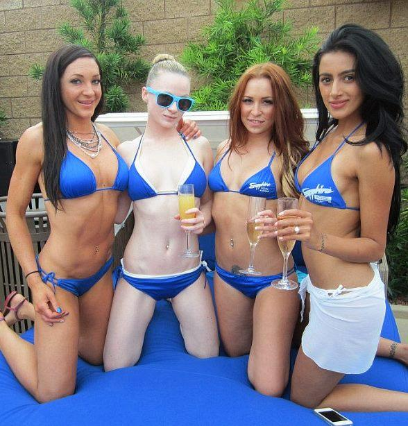Sapphire Pool & Dayclub Celebrates Mother's Day with Free Admission and Champagne for Moms