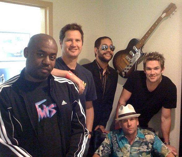Remember Mark McGrath from Sugar Ray? Well this is what he ... |Sugar Ray Band Funny