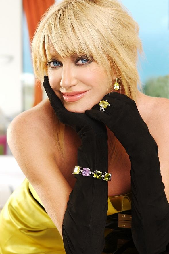 Suzanne Somers Lectures at Las Vegas Hilton