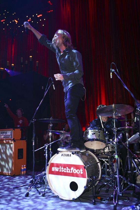 Switchfoot Performs Live at LAX Nightclub