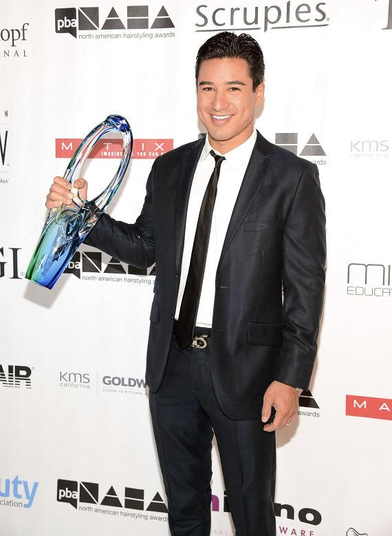 Host Mario Lopez with 2013 PBA Beautiful Humanitarian Award