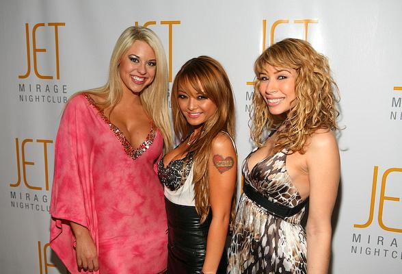 Tila Tequila at JET