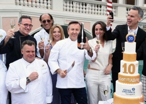 Legendary Chefs Toast the 10th Anniversary of Vegas Uncork'd by Bon Appétit with a Burst of Mionetto Prosecco at The Ceremonial Saber Off