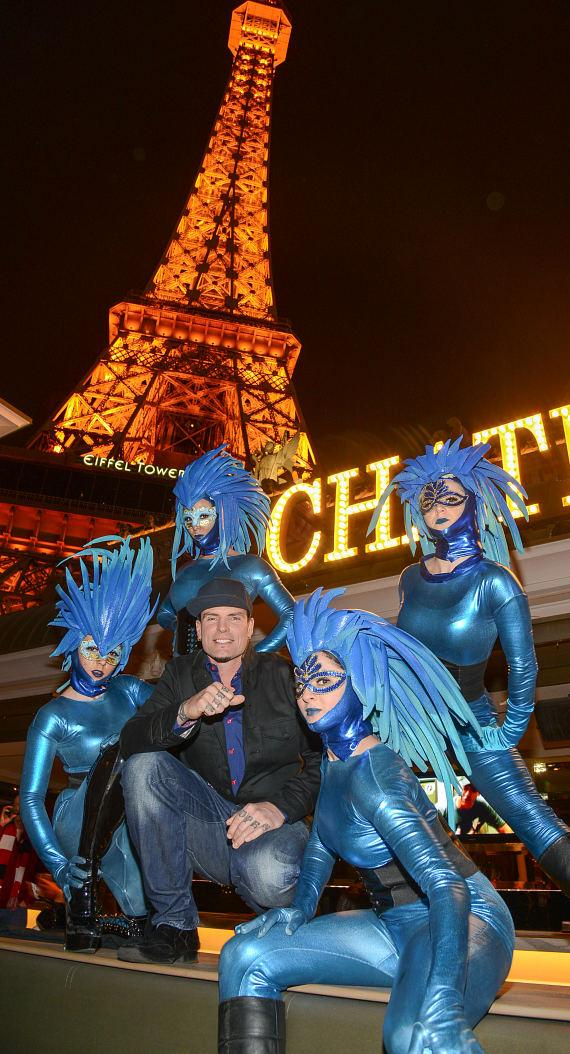 Vanilla Ice with Blue Pixies in front of Chateau Nightclub and Garden in Las Vegas