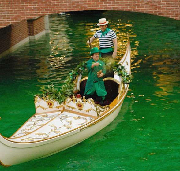 Indoor Grand Canal at The Venetian turns green