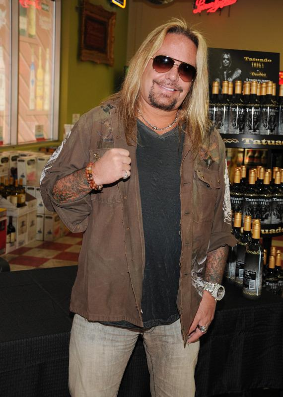 Vince Neil at Lee's Discount Liquor