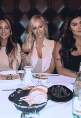 WWE Female Stars, Emma and Summer Rae, spend Valentine's Day at Andiamo Italian Steakhouse