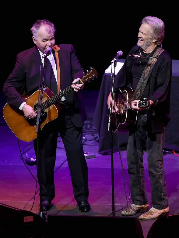 Kris Kristofferson and John Prine Leave the Audience in Awe in Amazing Night of Folk Music