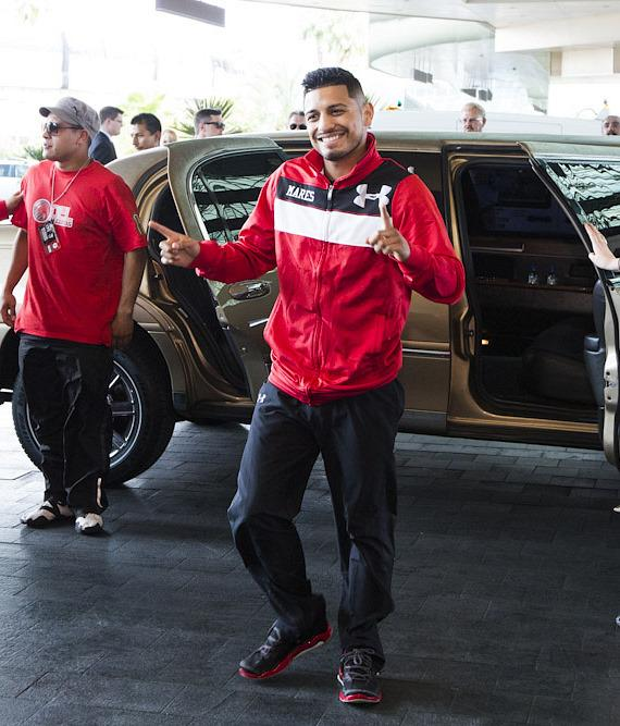 008_Abner_Mares-570