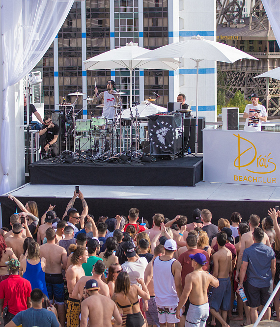 Travis Barker Makes Drai's LIVE Debut at Drai's Beachclub Las Vegas