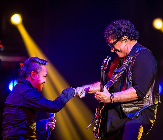 Arnel Pineda & Neal Schon of Journey