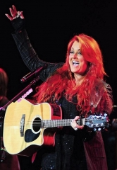 "Country Superstar Wynonna Judd Brings ""Wynonna & the Big Noise"" to the Smith Center Jan. 20, 2018"