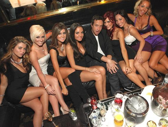 Shannon Kelly, Laura Moore, Sydney Dauphin, Hillary Fisher, Pauly Shore, Nicole Larsen, Sara Hennessey, Crystal Gallimore