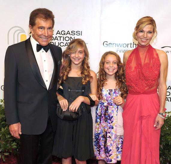 Steve Wynn, granddaughter Marlowe Early, Casey Glasser, and Andrea Hissom
