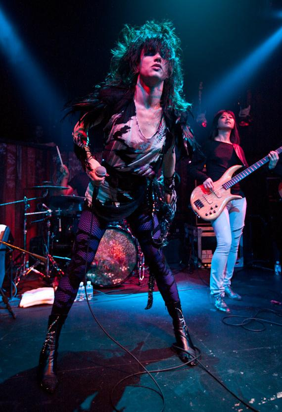 Juliette Lewis rocks out at Wasted Space