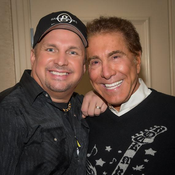 Garth Brooks and Steve Wynn backstage before Garth's final performance at Encore at Wynn Las Vegas.