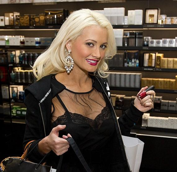 Holly Madison shops at Sephora Grand Opening