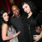 tooshort-and-two-female-guests_courtesy-of-lax-nightclub-588