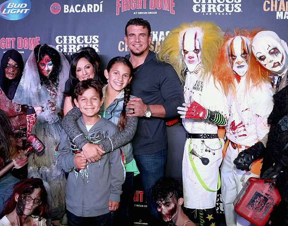 UFC fighter Frank Mir and family