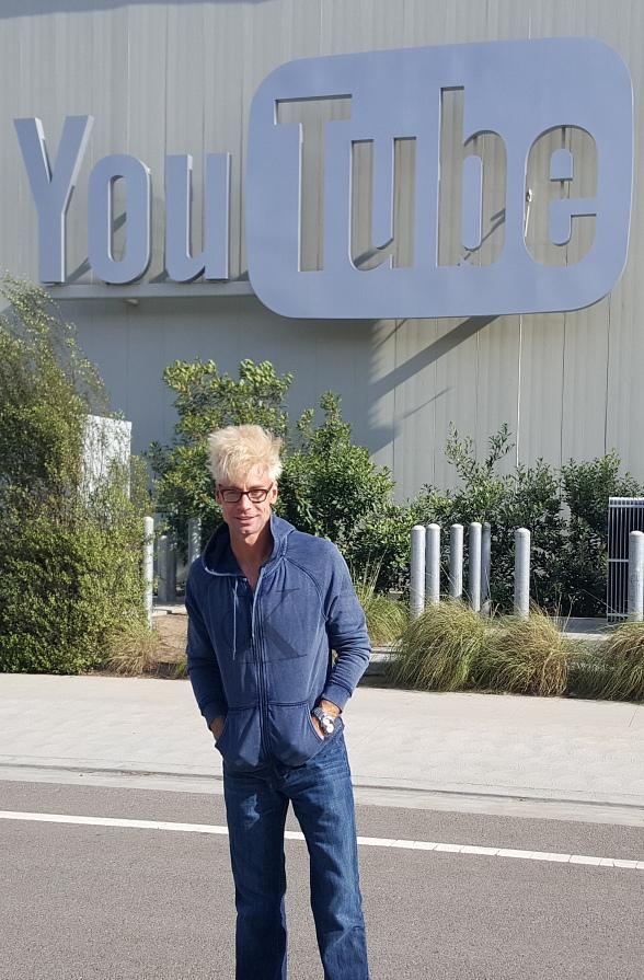 Murray gets Invited by Youtube Space LA to bring his show to Los Angeles