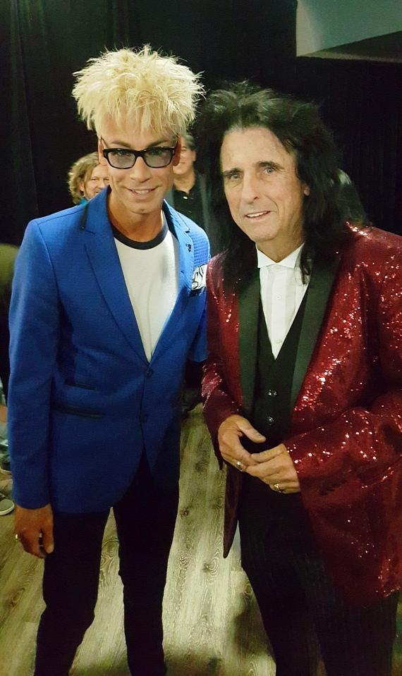 Murray SawChuck with Alice Cooper