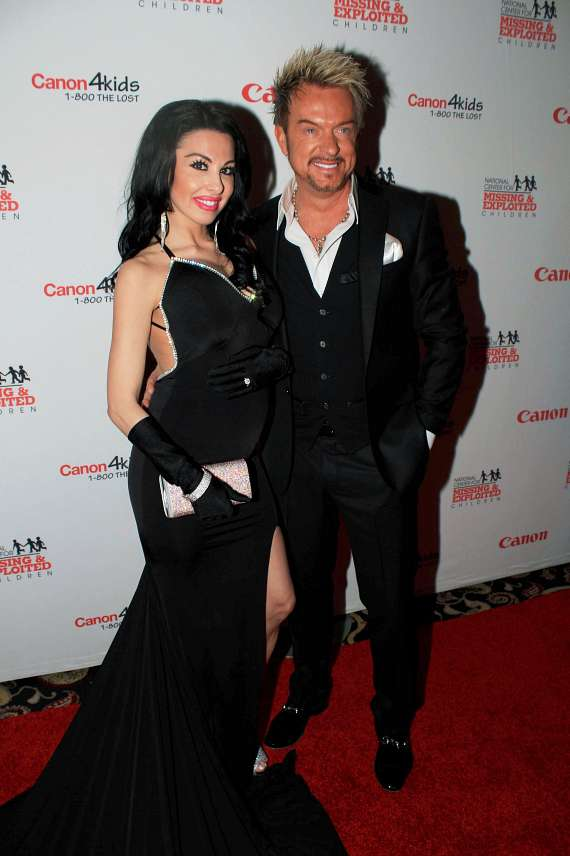 Canon U.S.A. Celebrates 17th Annual Red Carpet Fundraiser Honoring Its Customers and Benefiting The National Center for Missing & Exploited Children