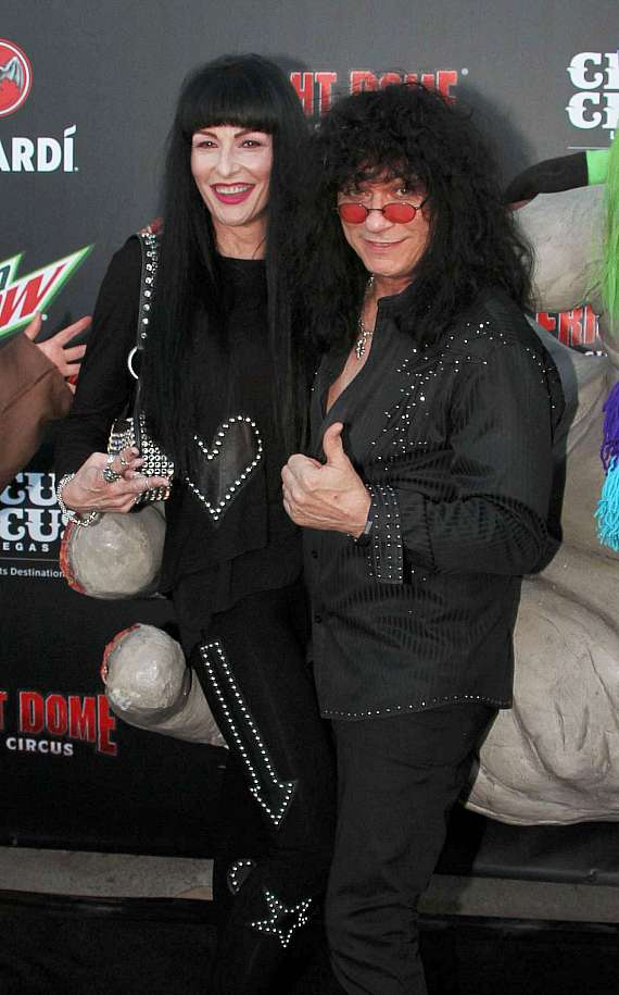 Raiding the Rock Vault musician Paul Shortino and Carmen at Fright Dome